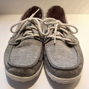 SKECHERS ON THE GO CRUISE BOAT SHOES